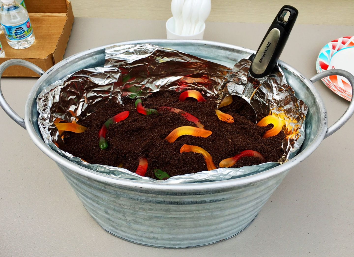 cobberson dirt cake with gummy worms