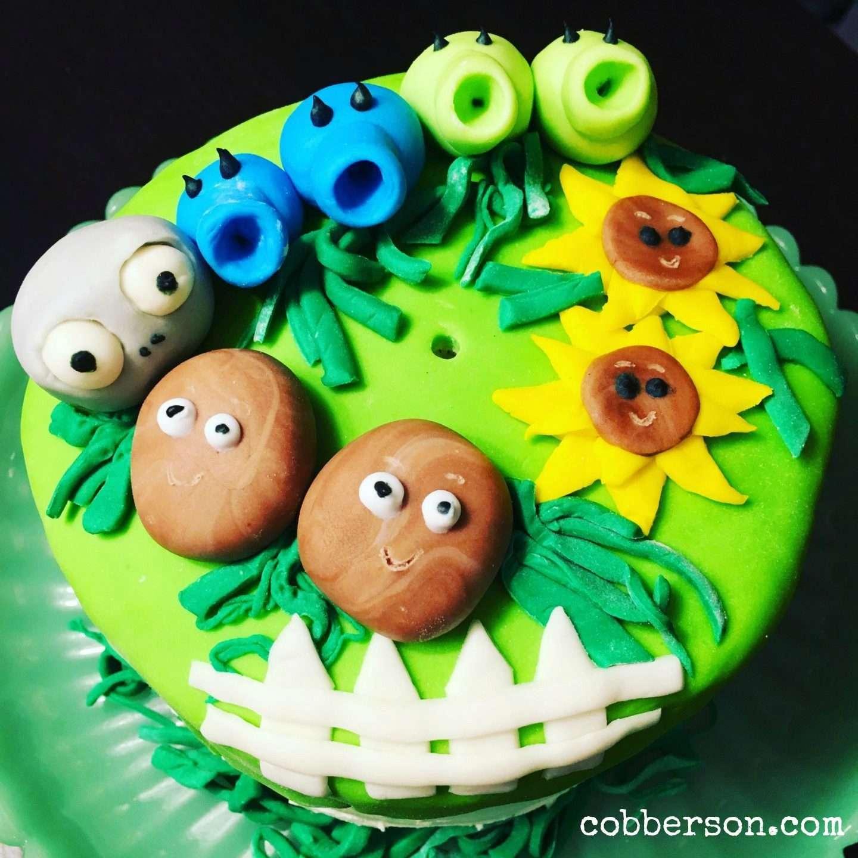 Cobberson platnt vs zombies fondant cake